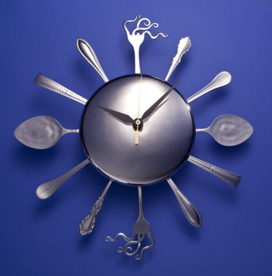 Clock With Curled Forks